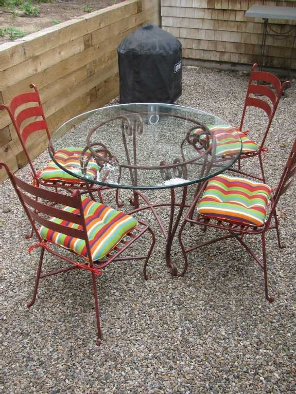 Outside kitchen seating