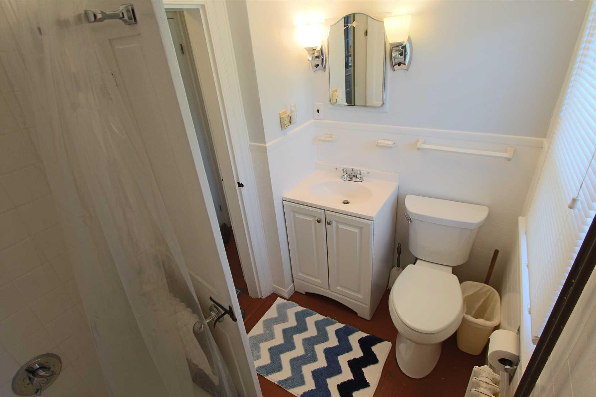 Bathroom - 1st Floor - Tub & Shower