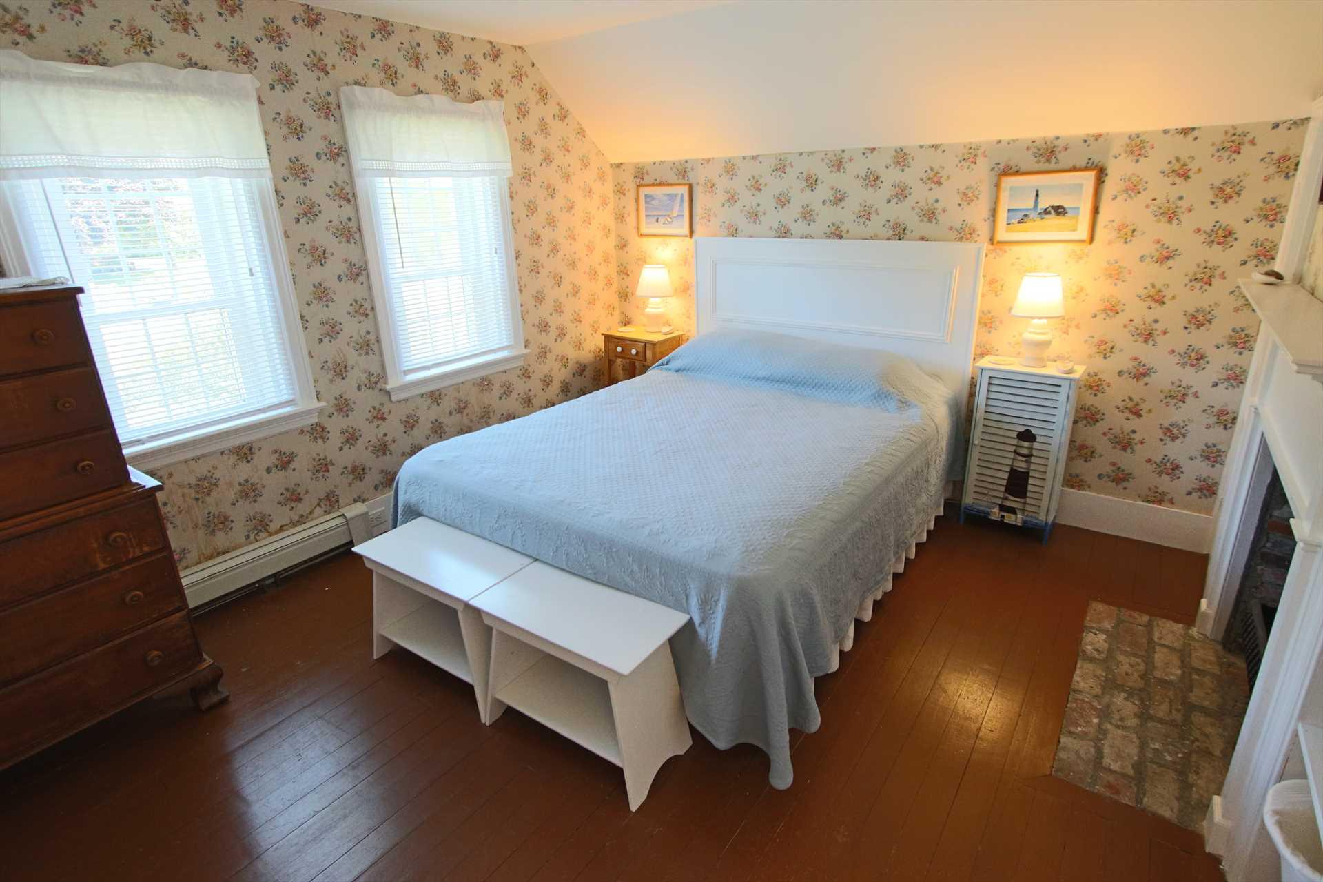 Bedroom #3-   1 Queen & 1 Twin- 2nd Floor