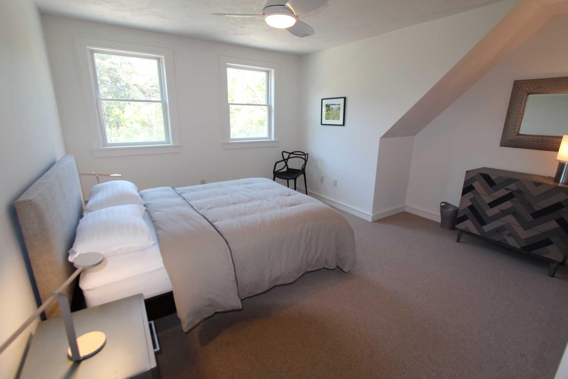 Bedroom #3 - Queen- 2nd Floor