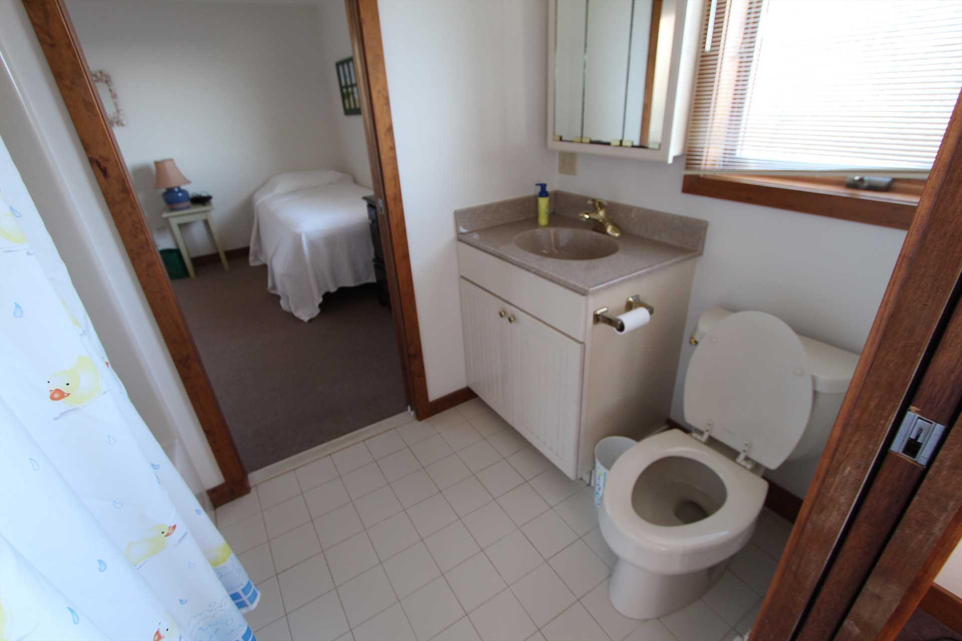 Bathroom- 1st Floor- Between Bedrooms