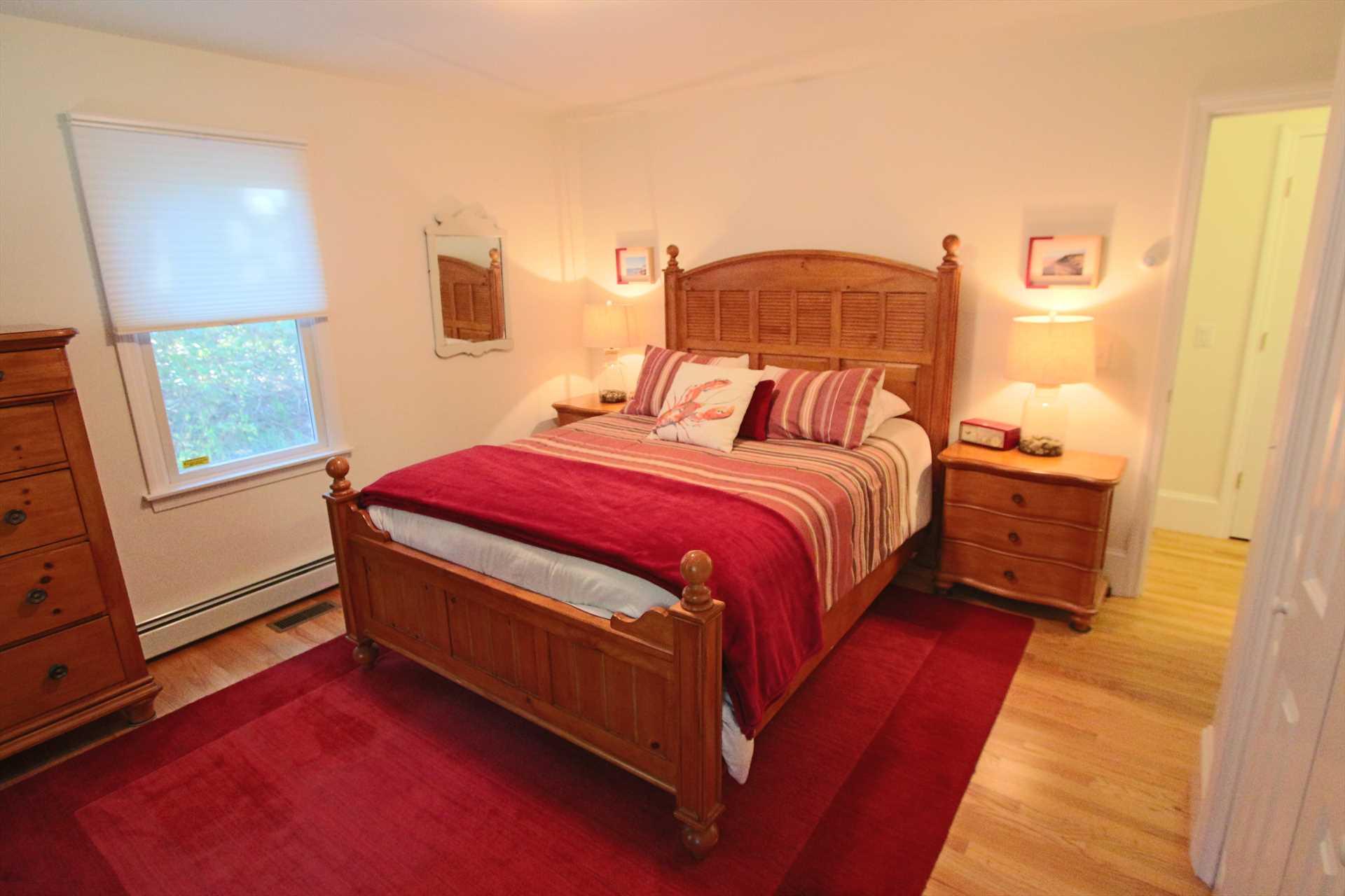 Bedroom #2- 1 Queen- 1st Floor
