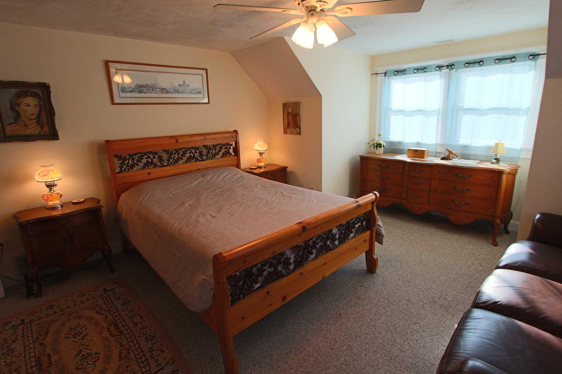 Bedroom #4-   1 Queen- 2nd Floor