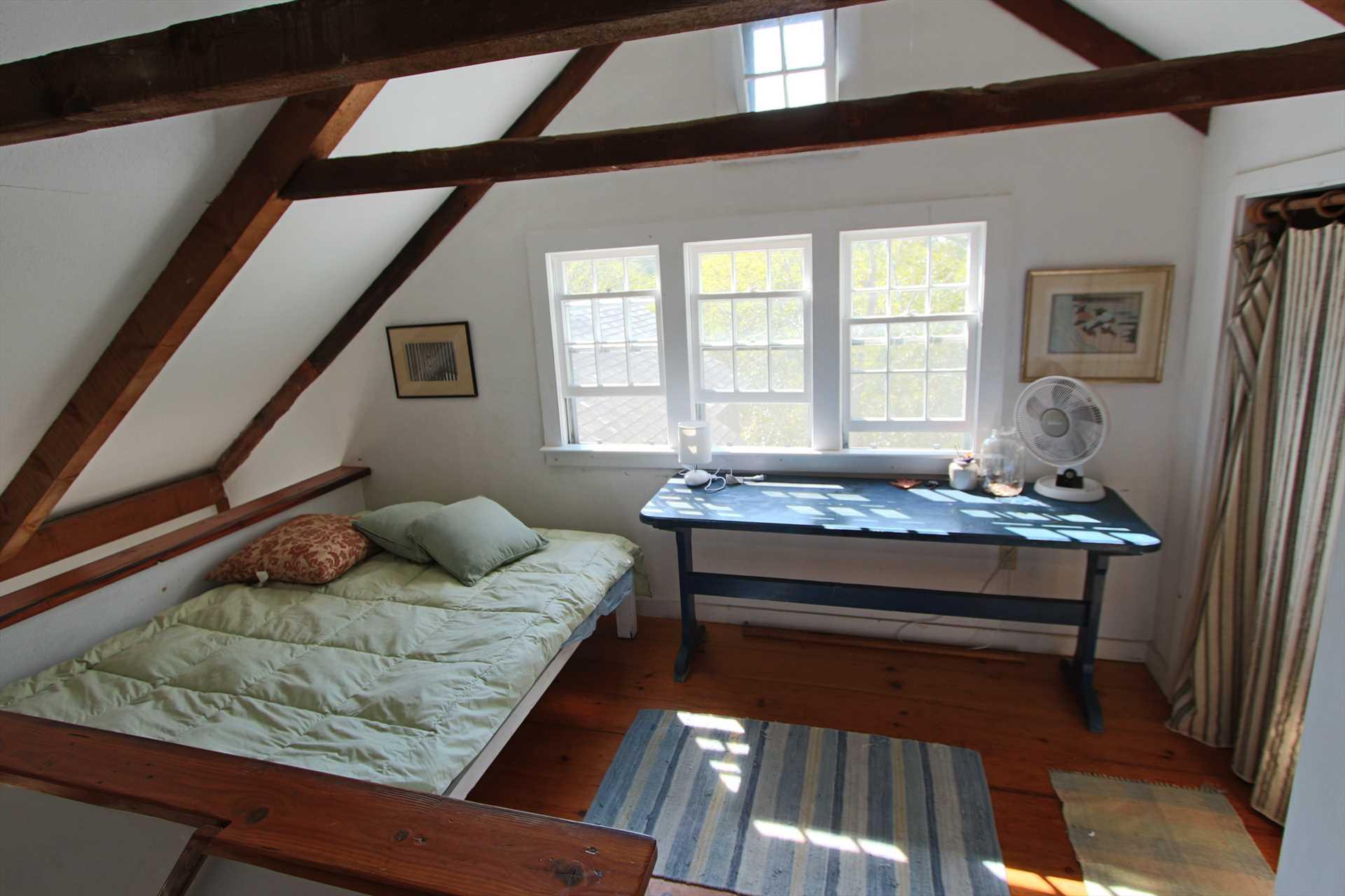 Open loft- 2nd Floor